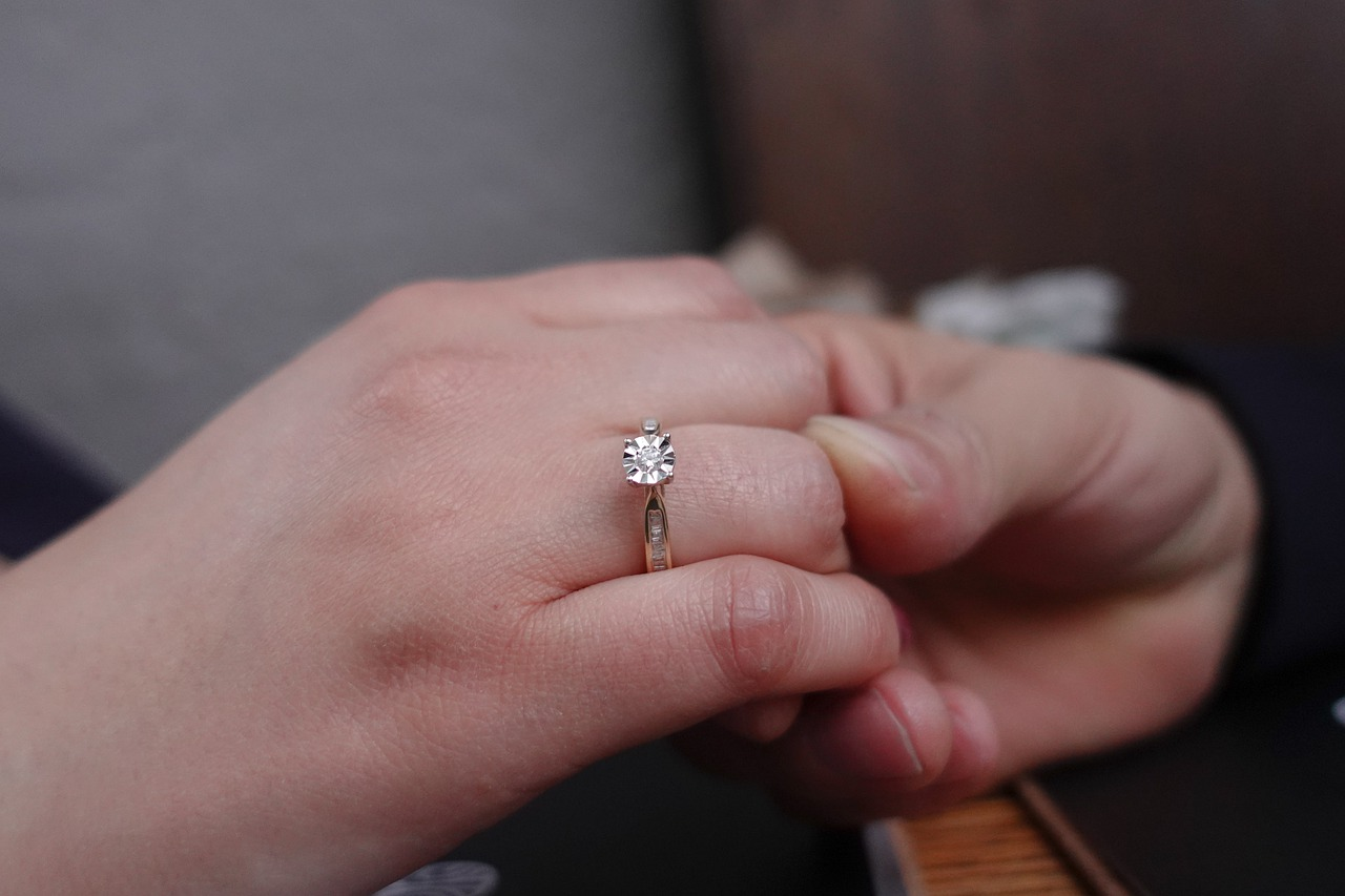 Cheap Engagement Rings: Tips for Buying Engagement Rings Wisely